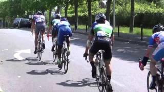 preview picture of video '2014-Cyclisme.Route.Villeneuve.St.Georges.2/3/J-FFC-9juin'