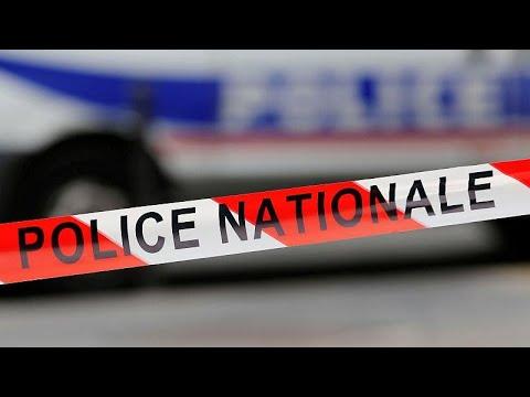 Παρίσι: Αιματηρή επίθεση με μαχαίρι κοντά στις Βερσαλλίες…