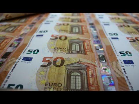 Στις αγορές βγαίνει και πάλι η Ελλάδα