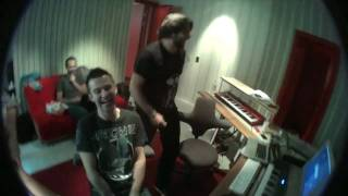 "Sebastian Ingrosso & Dirty South making ""Meich"" in the studio"