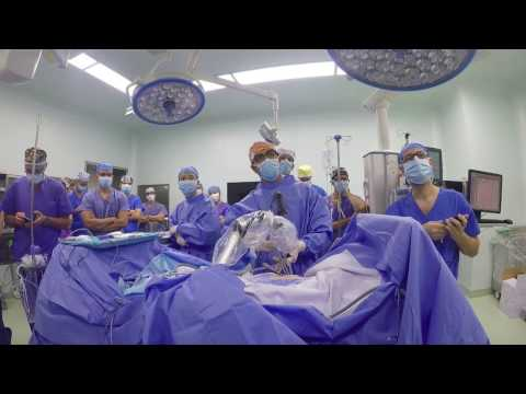 Wideotorakoskopowa lobektomia z jednego cięcia bez asysty