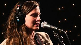 Jolie Holland - First Sign Of Spring (Live on KEXP)