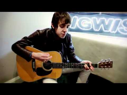 Miles Kane - Telepathy Acoustic for Gigwise