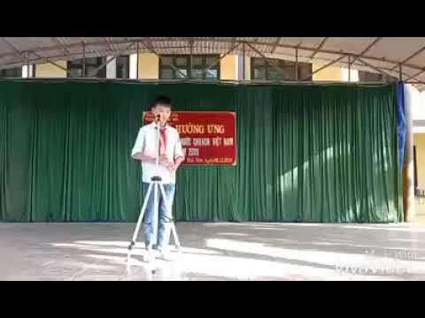 """Tiết mục dự thi """"Giờ chào cờ thú vị - Phát triển tài năng trẻ"""" của Liên đội THCS Đắc Sơn"""