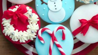 The Best Holiday Cupcakes To Entertain
