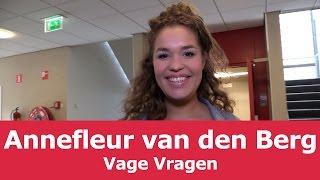 Annefleur Van Den Berg | Vage Vragen