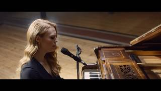 Freya Ridings Lost Without You Live At Hackney Round Chapel Music