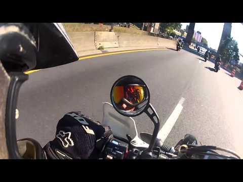 Motociclistas estallan en ira