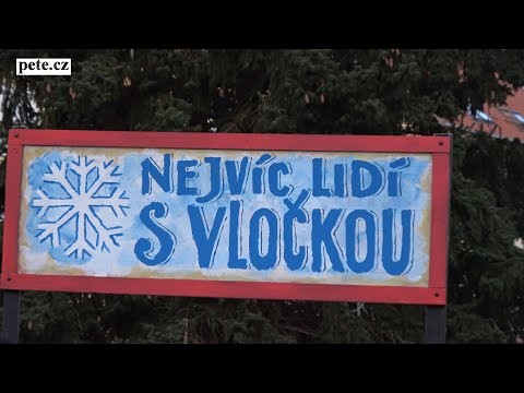 Nejvíce lidí s vločkou - vytvoření rekordu na náměstí TGM v Sedlčanech