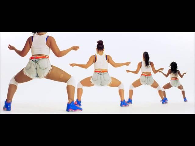Nicki Minaj Omg Look At Her Butt Anaconda