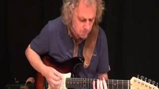 Jaco Pastorius The Chicken electric guitar lesson by Jacek Korohoda