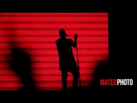 """Kanye West """"Blood On The Leaves"""" Live at the 2014 Budweiser Made In America Festival"""