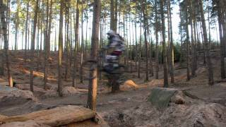 preview picture of video 'Woburn Sands Jump on DH bike'