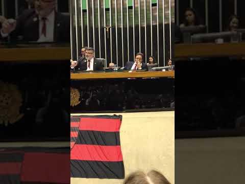 Homenagem ao Flamengo recebida pelo Presidente Rodolfo Landim