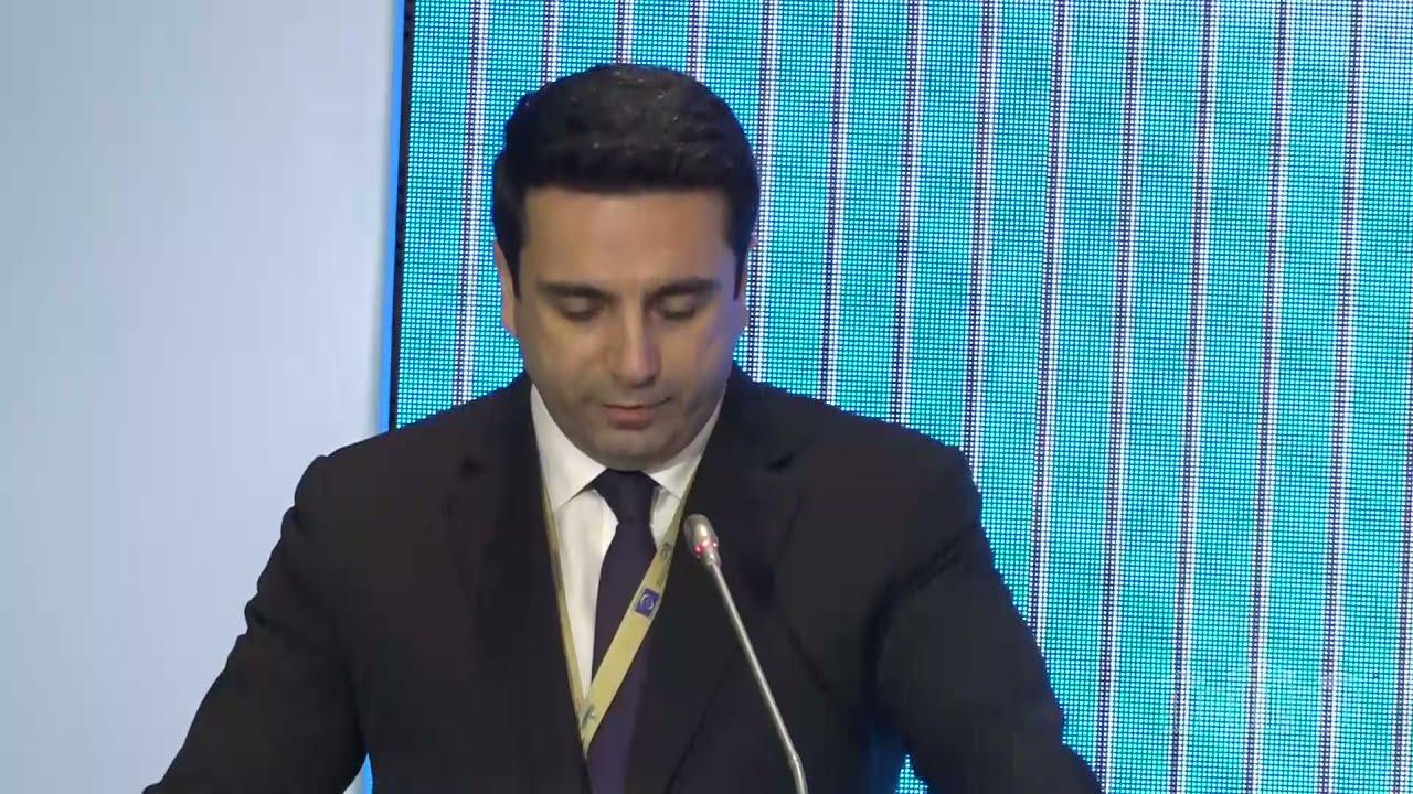 Alen Simonyan Parlament Sədrlərinin Avropa Konfransında çıxış edib