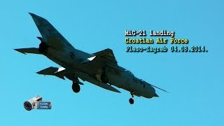 preview picture of video 'Mig-21 landing-Croatian Air Force (Zagreb-Pleso 04.08.2014.)'