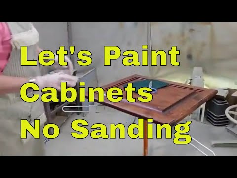 How to Paint Kitchen Cabinets without Sanding #paintedkitchencabinets #paintedcabinets #chalkpaint