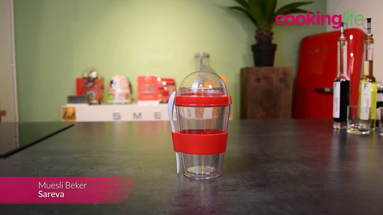 Video - Sareva Muesli Beker Yoghurt 2 Go Zwart met lepel