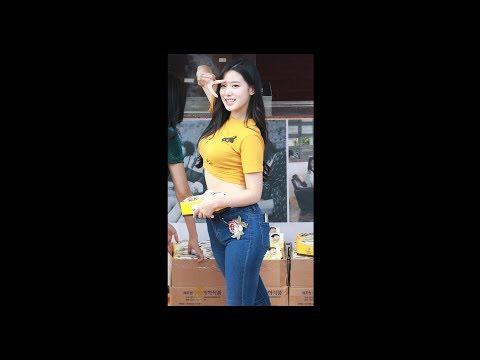 ガールズユニット ピタパン・パンツスーツのヒップライン街撮り盗撮動画