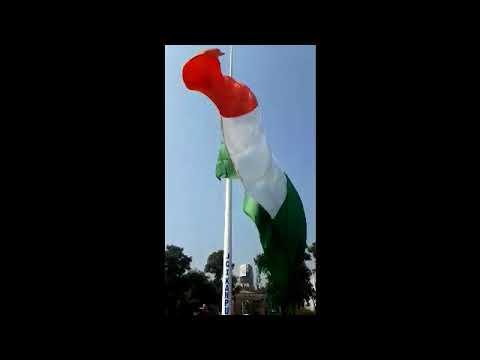 26 जनवरी के मौके पर कानपुर में शान से लहराया तिरंगा