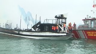 Vụ cháy trên Vịnh Hạ Long: Đình chỉ đội tàu của Công ty Ánh Dương 1