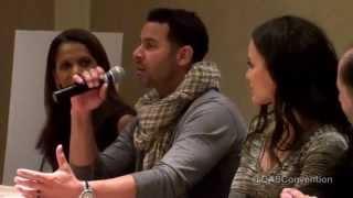 Jon Huertas sings like a schoolboy