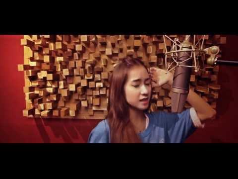 Tình Yêu Màu Nắng - Acoustic cover by Thái Tuyết Trâm, yêu cmnr
