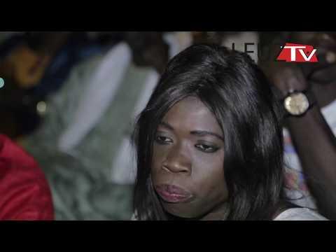 Vidéo: Hilarant Daro de Dinama Nekh vend des «soumpou et dankh» à 5000F au Festival de Képarou Maam