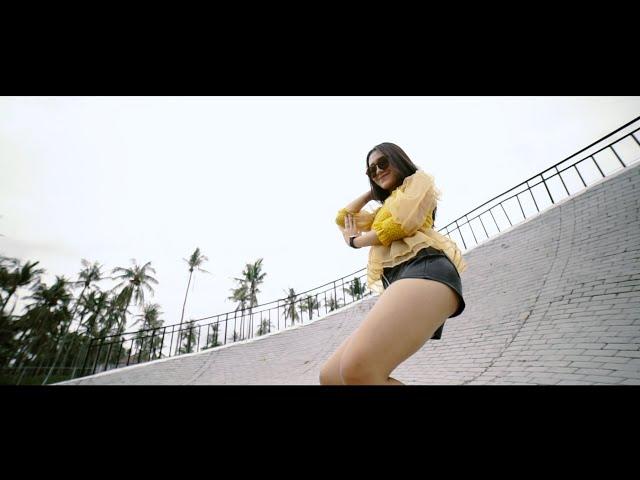 Vita Alvia - Sambel Terasi DJ REMIX TERBARU SLOW FULL BASS ( Official Music Video ANEKA SAFARI )