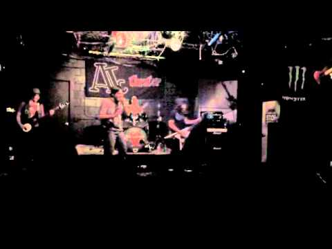 Invasion - Sic Revenge [Live at Amity Teen Center 11/18/11]