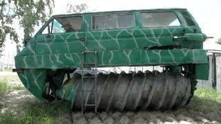 Пенсионер из Ордынки собрал уникальную машину, которая поможет бороздить непроходимые болота