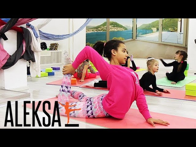Pole Dance (Пол Денс), Pole Kids. Разминка на мастер-классе Эмили Москаленко в Aleksa Studio.