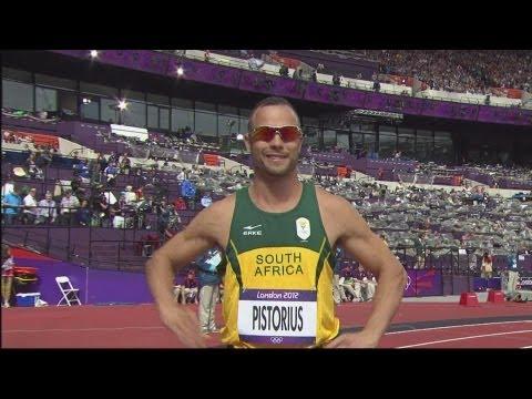 Santos, James & Brown Advance - Men's 400m Round 1 - London 2012 Olympics