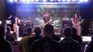 Stryper Meet and Greet performing Marching into Battle