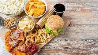 Makan Junk Food Emang Enak, Tapi Waspadai 7 Potensi Berisiko Mengerikan Ini