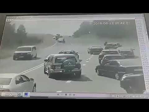 БМП наехал на автомобиль Volkswagen 22 июня в Белоруссии