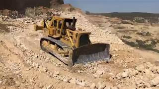 HOW NOT TO OPERATE D9 DOZER!!! (LEAST PRODUCTIVE)