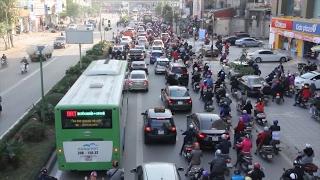 Tin Tức 24h Mới Nhất: Xe biển xanh đi vào làn đường BRT bị yêu cầu xử lý nghiêm