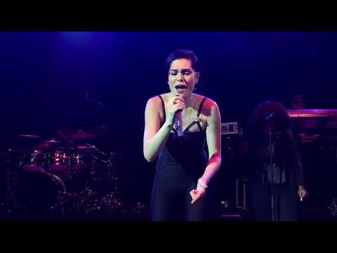 Jessie J - Not My Ex LIVE - London 12/10/17