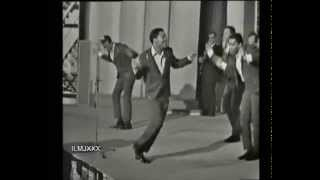 THE FOUR TOPS - I CAN'T HELP MYSELF (SUGAR PIE, HONEY BUNCH) LIVE PARIS FRANCE 1967