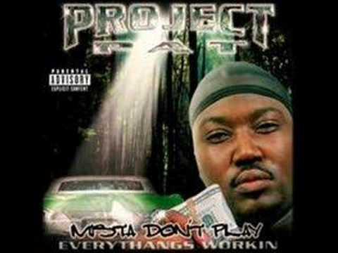 Project Pat Feat La Chat And Three 6 Mafia S Chickenhead Sample Of Three 6 Mafia S Who Run It Whosampled