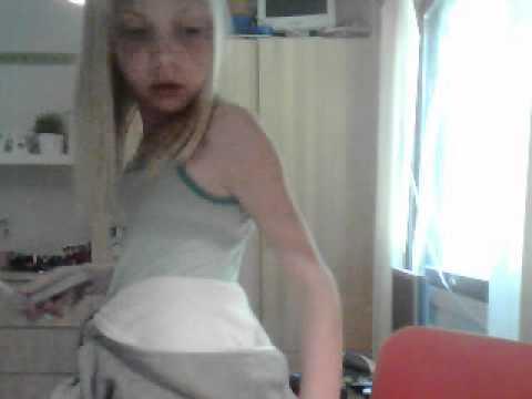 Videoklippet som hör till Missmathildibell inspelat med webbkamera den 30 maj 2012 05:33 (PDT)