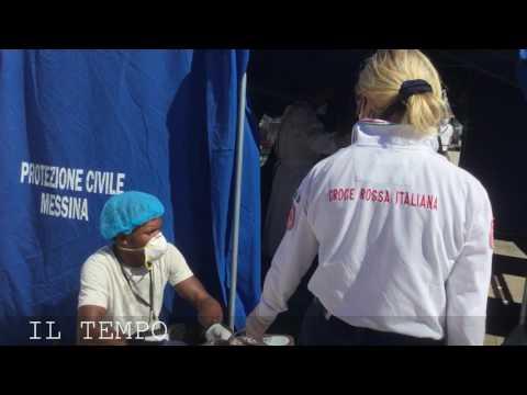 A rischio meningite e tbc per salvare i profughi