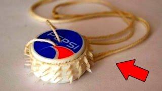 Смотреть онлайн Пластмассовая бензопила-игрушка