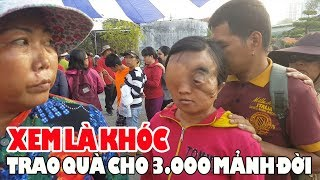 Xem là KHÓC | Trao quà cho 3000 người nghèo khuyết tật và khó khăn ở Sài Gòn