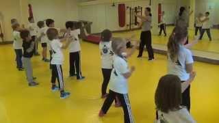 preview picture of video 'Kindertraining der SGU Wing Tsun Kampfkunstschulen Bergheim, Kerpen, Grevenbroich'