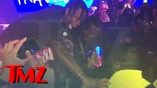 Travis Scott Fights Security at Concert ...