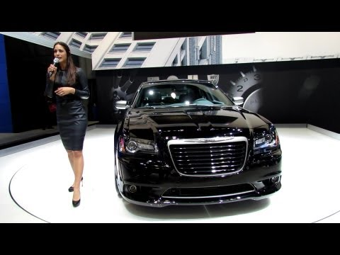 2014 Chrysler 300C John Varvatos Edition at New York Auto Show