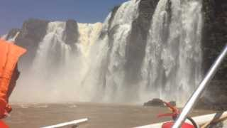 preview picture of video 'Iguazu Falls Aventura Nautica boat ride up to the falls (first half)'