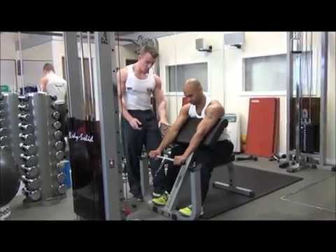 Cable Standing Reverse Preacher Curl